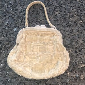 Handbags - Vintage purse- cream color, beaded.